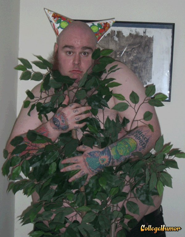 Funny-Camouflage-Fat-Man-Image.jpg