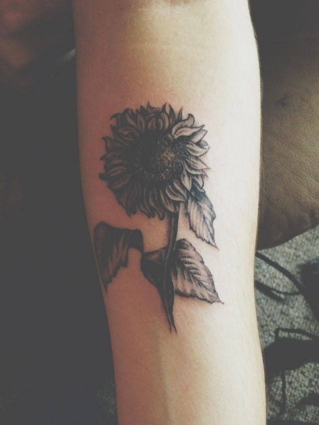 Black Flower Tattoos Wrist: 45+ Flowers Wrist Tattoos