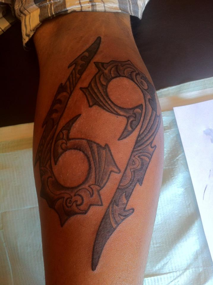 d8102a1c5 Black And Grey Cancer Zodiac Tattoo On Back Leg