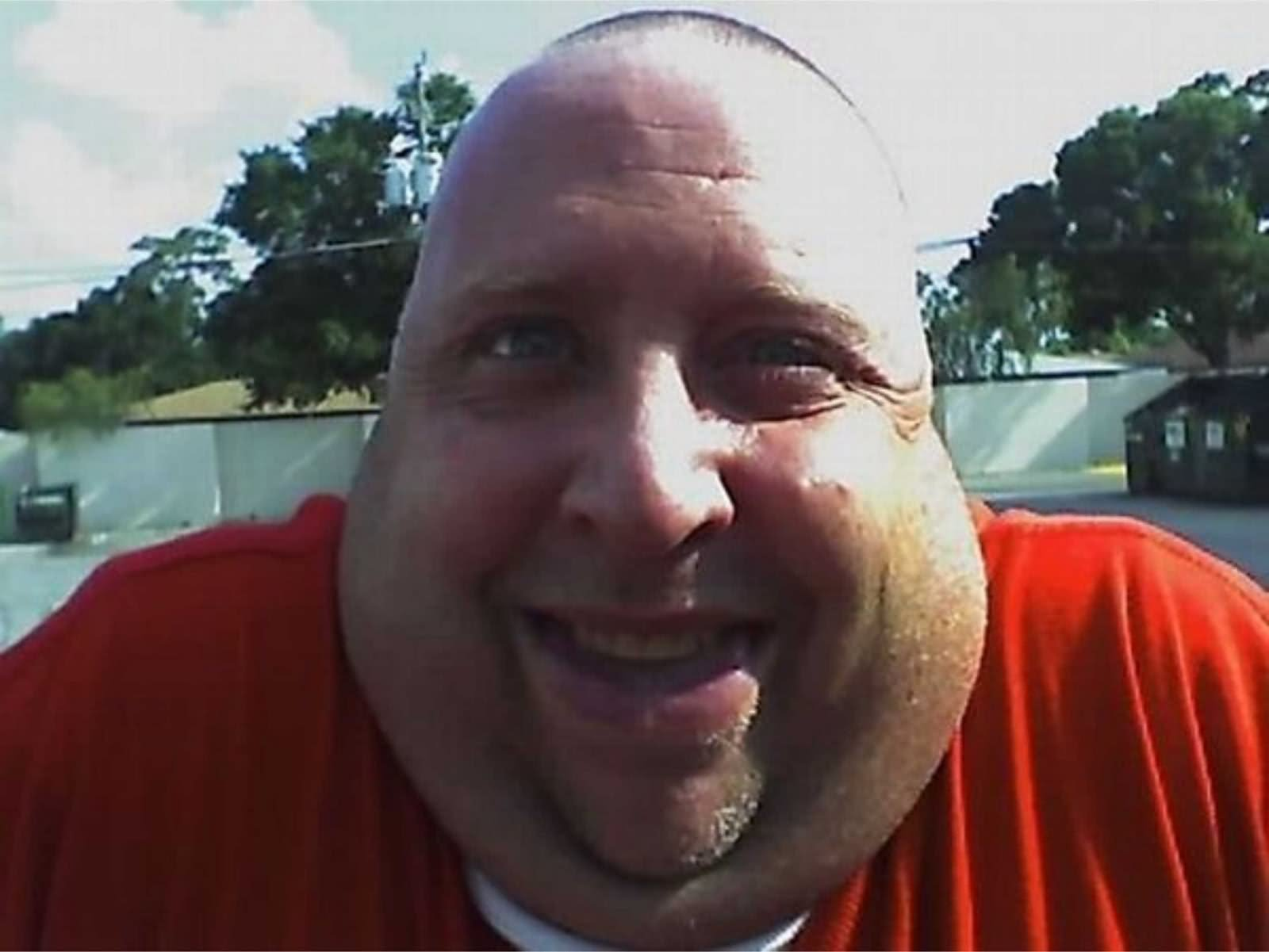 Funny Fat Man Face Image
