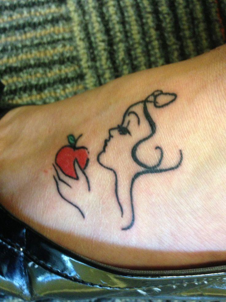 100 cool apple tattoos. Black Bedroom Furniture Sets. Home Design Ideas