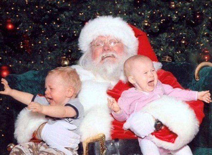 Funny Crying Santa Image - Free funny santa photos