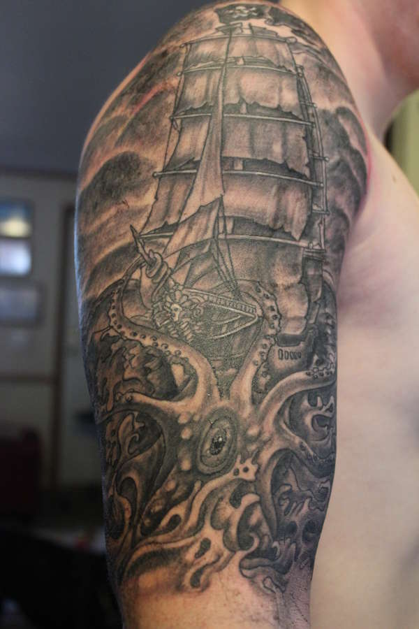 40+ Best Kraken Tattoos
