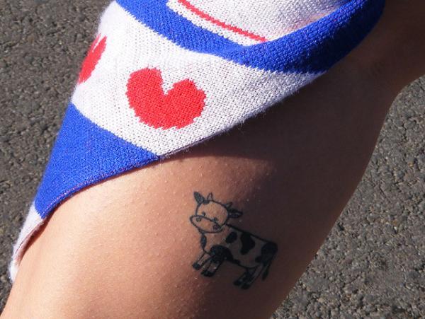 b3b79e231c1b1 Little Black Cow Tattoo On Leg Calf