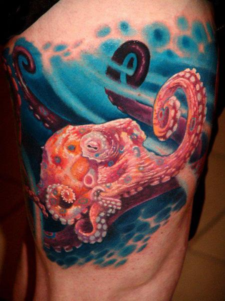 Realistic Octopus Thigh Tattoo by Boris Tattoo