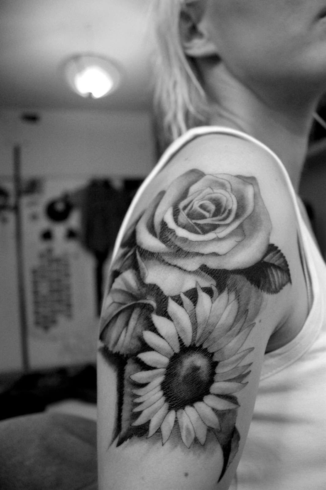 40 Black And White Daisy Tattoos