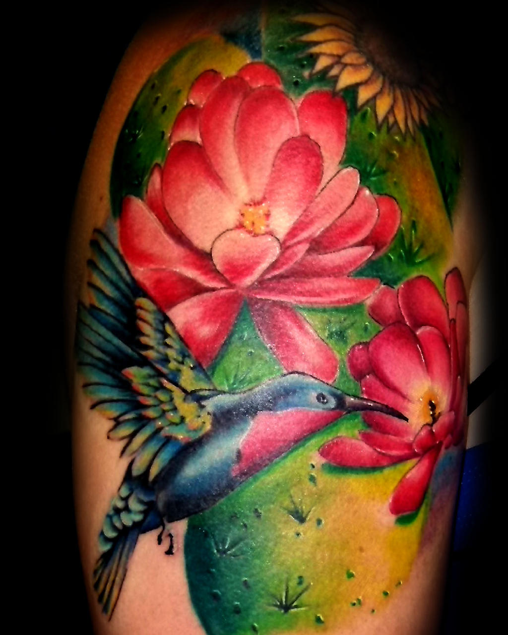 25 unique hummingbird tattoos. Black Bedroom Furniture Sets. Home Design Ideas