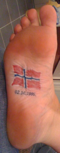 34 unique under foot tattoos for Norwegian flower tattoo