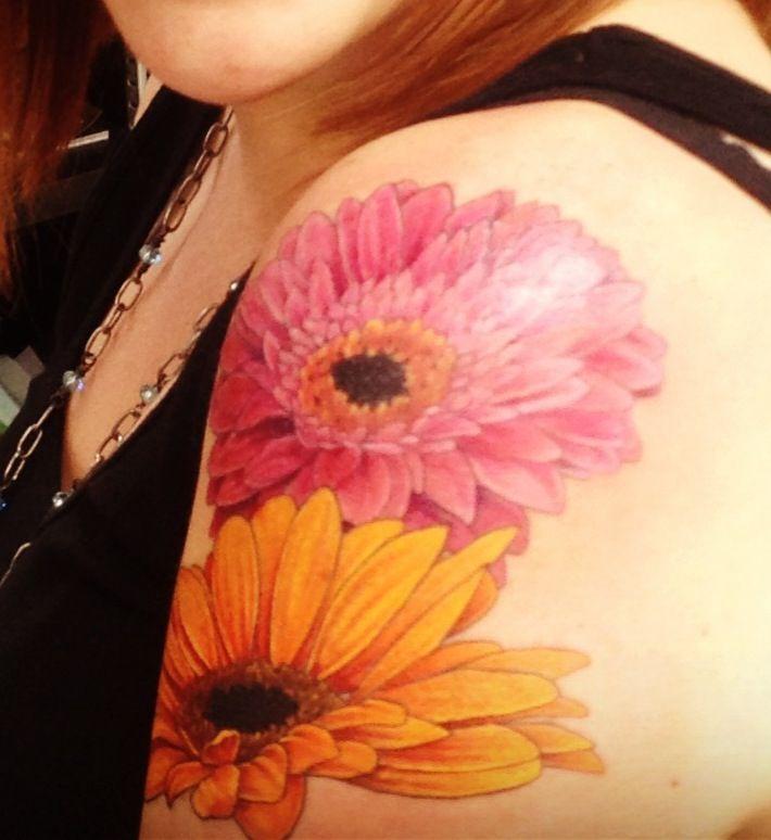 Pink Flower Tattoo: 40+ Beautiful Daisy Tattoos On Shoulder