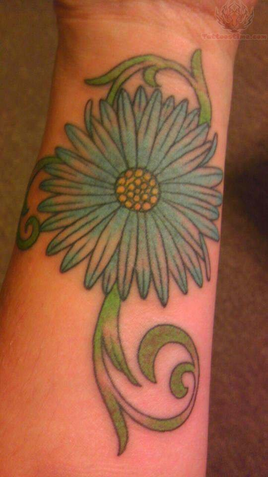 Simple Daisy Tattoo: 41+ Cool Daisy Tattoos On Wrist