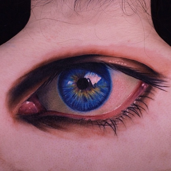 3D Eye Tattoo On Upper Back