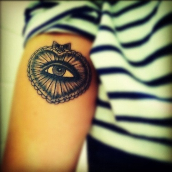 Eyeglass Frame Tattoo : 29+ Inspiring Eye Tattoos On Arm