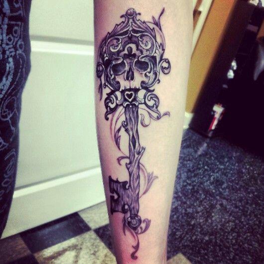 25f92fc9f Unique Skull Key Tattoo Design For Leg