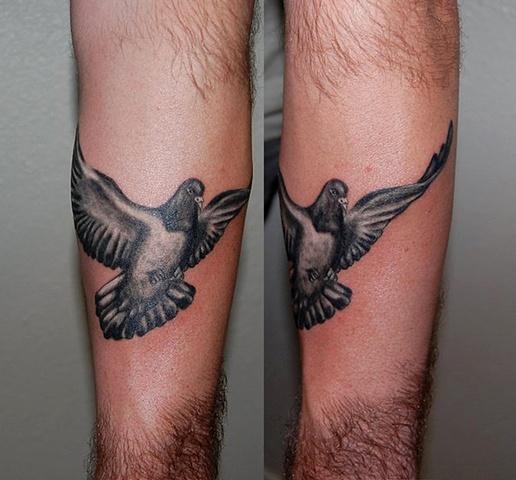45 cool pigeon tattoos. Black Bedroom Furniture Sets. Home Design Ideas