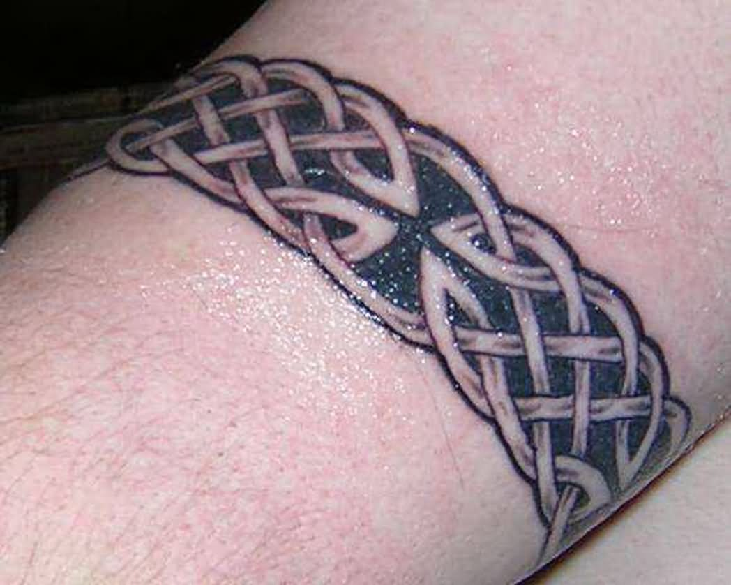35 amazing knot tattoos for Celtic ring tattoos