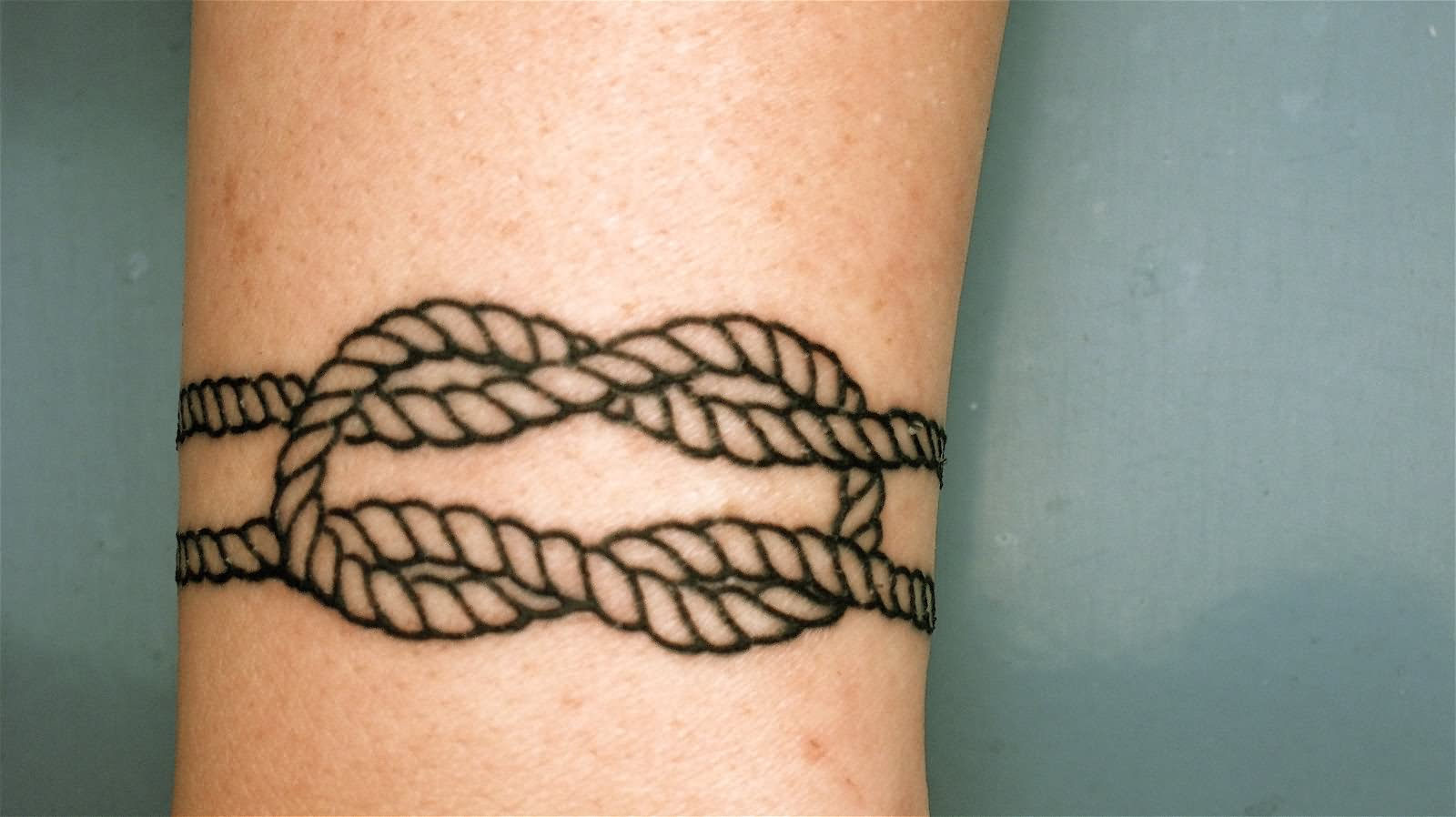15 awesome square knot tattoos. Black Bedroom Furniture Sets. Home Design Ideas