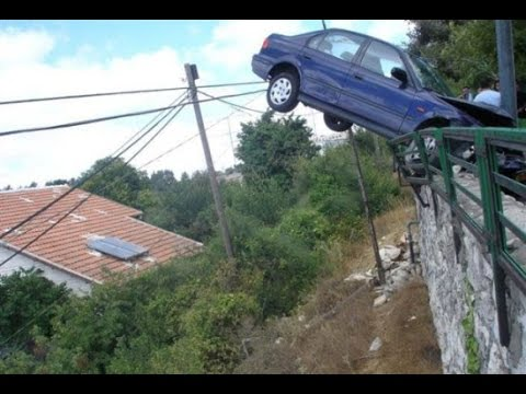 Car Funny Falling Picture