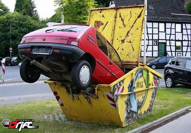 Funny Car Crash Picture