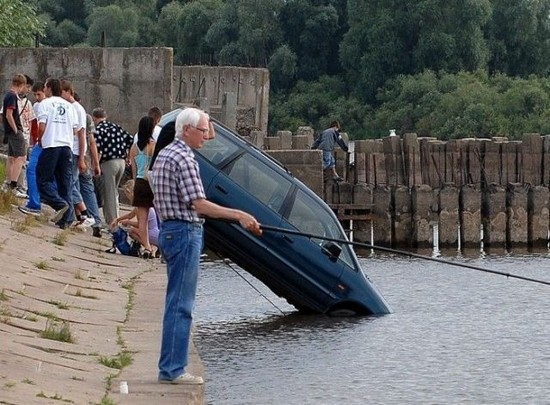 Sinking Car Funny Accident Picture