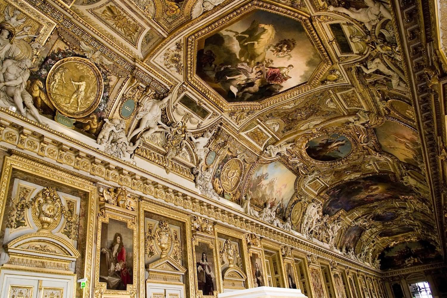 18 Very Beautiful The Louvre Interior Pictures And Images
