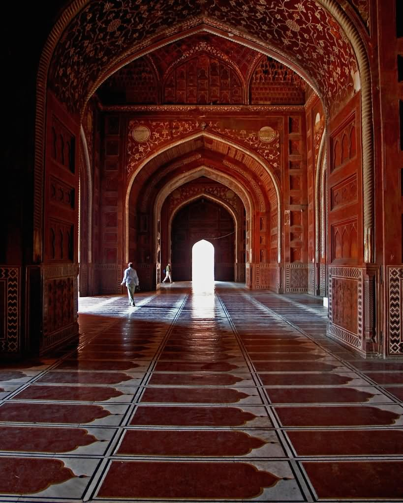 Beautiful Taj Mahal Inside Picture