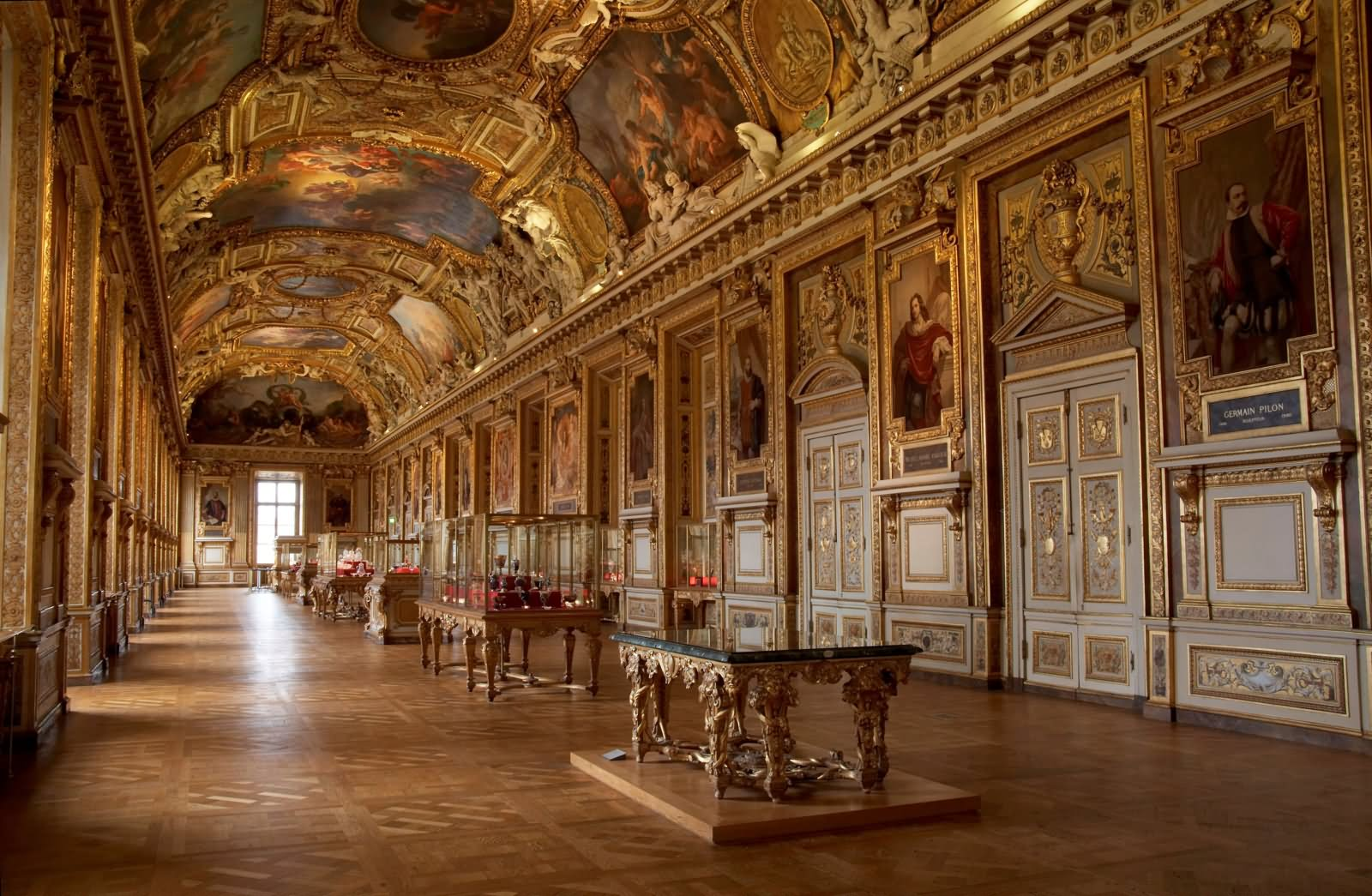 18 very beautiful the louvre interior pictures and images. Black Bedroom Furniture Sets. Home Design Ideas