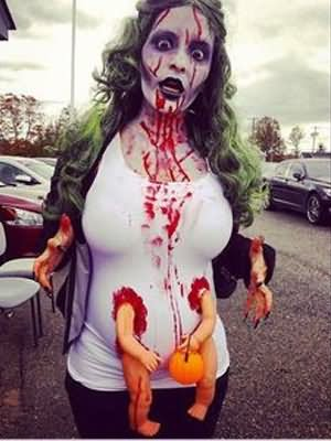 30 Most Funniest Zombie Costume - 24.5KB