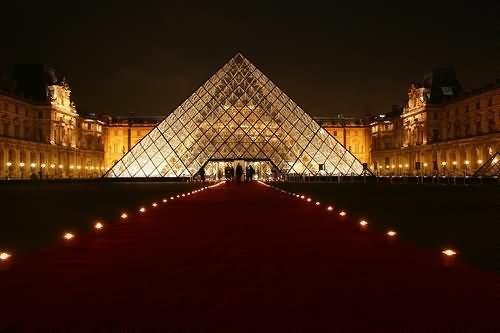 Louvre Museum Looks Beautiful At Night