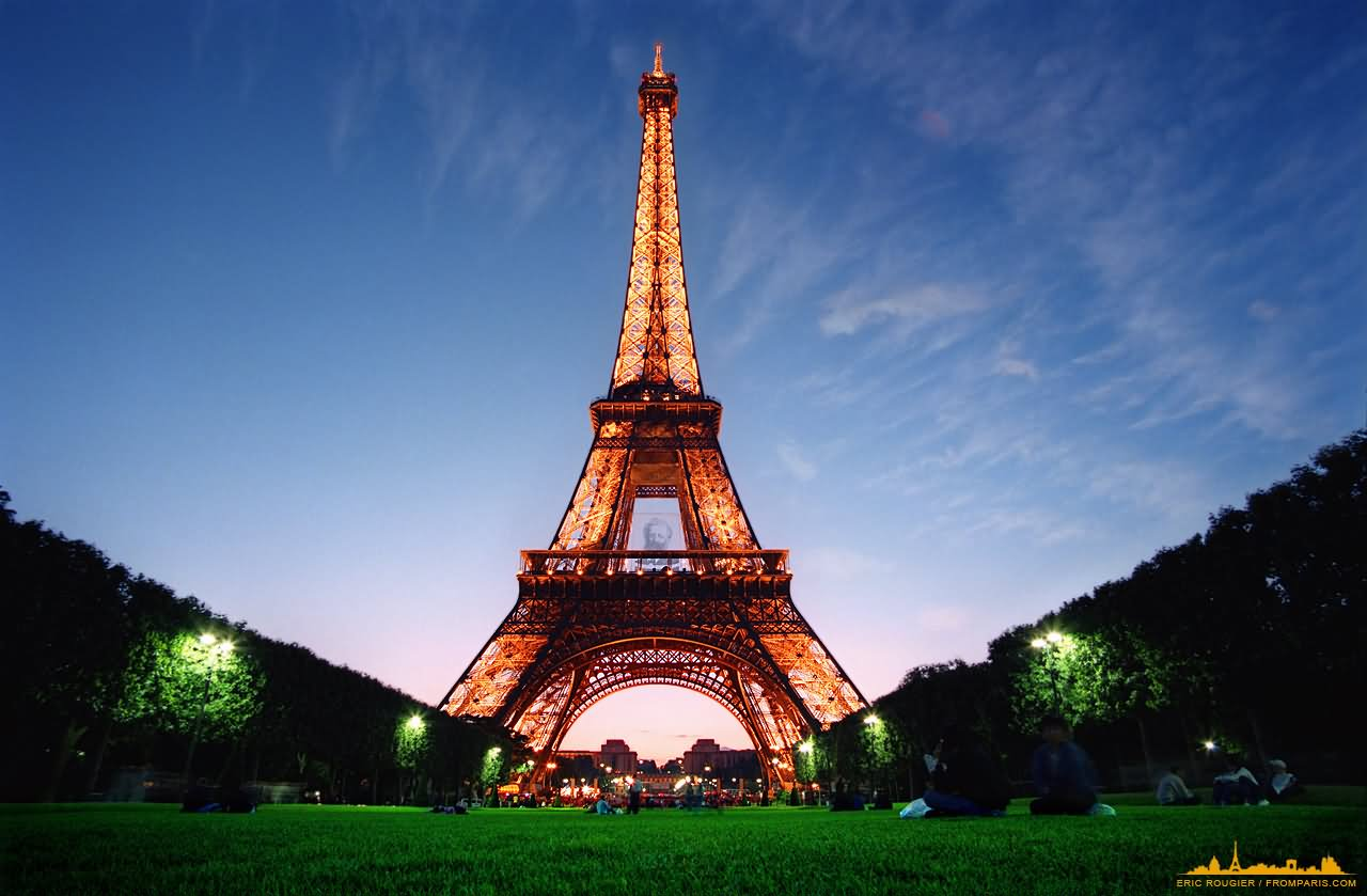 30+ Very Beautiful Eiffel Tower, Paris Picture And Images