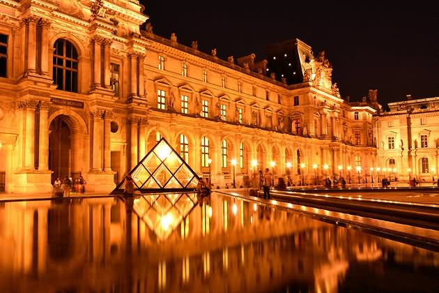 Night View Of The Louvre Museum