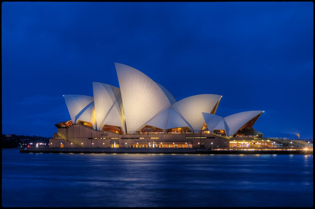 Night View Picture of Sydney Opera House - Download Where To Take Picture Of Sydney Opera House  Pics