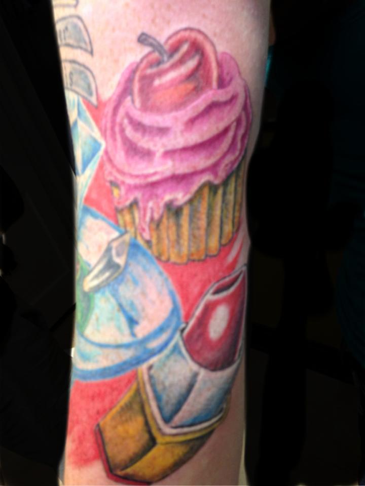 14 lipstick tattoos on arm for Love lipstick tattoo