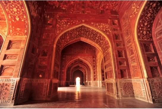 Very Beauiful Inside View Of Taj Mahal