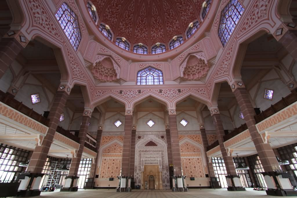Awesome Interior Of Putra Mosque