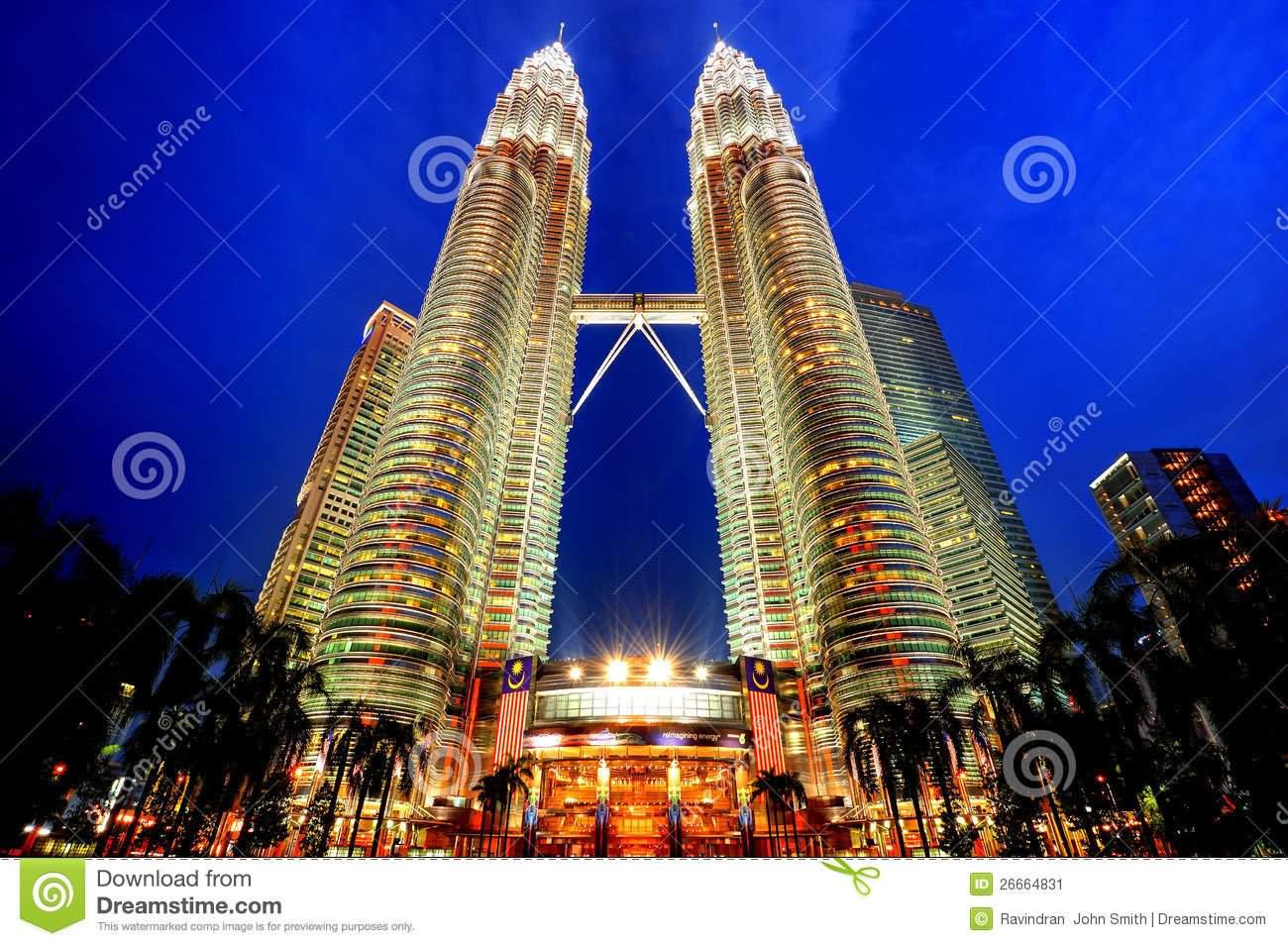 Beautiful Petronas Twin Towers At Night