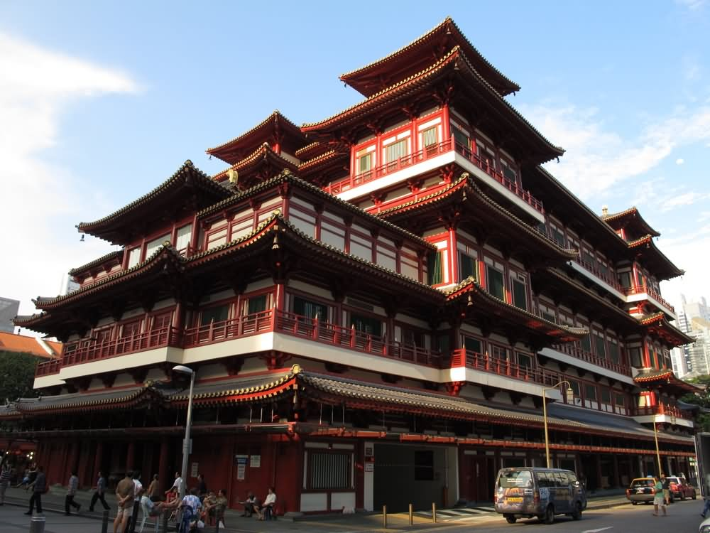 Buddha Tooth Relic Temple Day Time Picture
