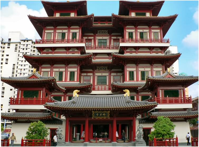 Buddha Tooth Relic Temple Front View Image