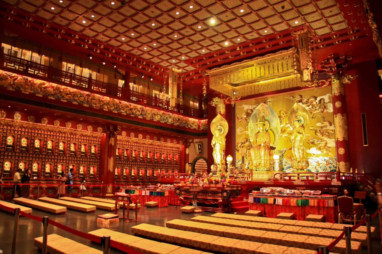 Buddha Tooth Relic Temple Inside Picture
