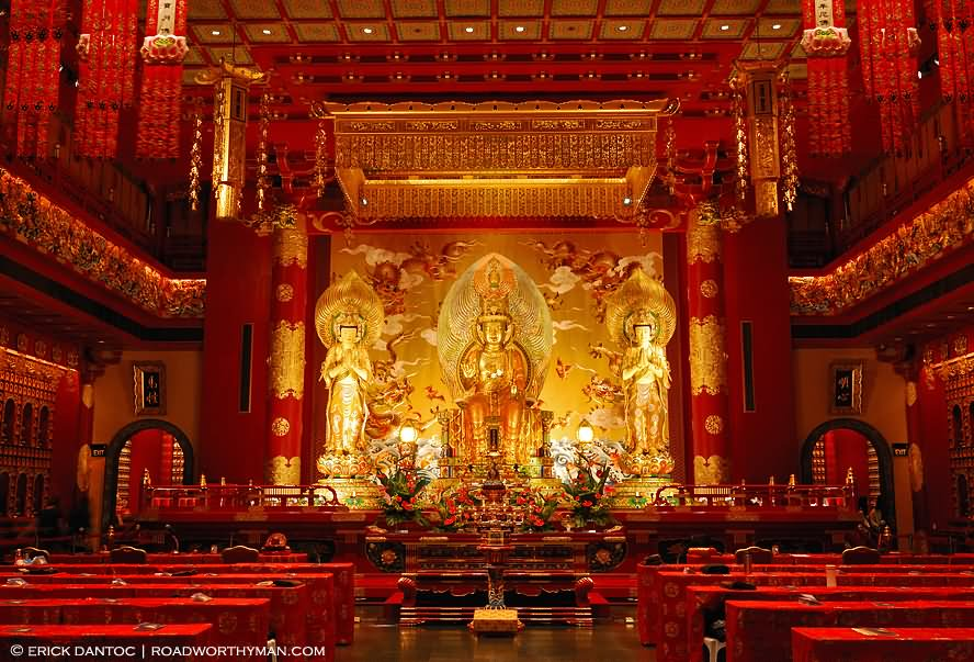 Buddha Tooth Relic Temple Interior View Picture