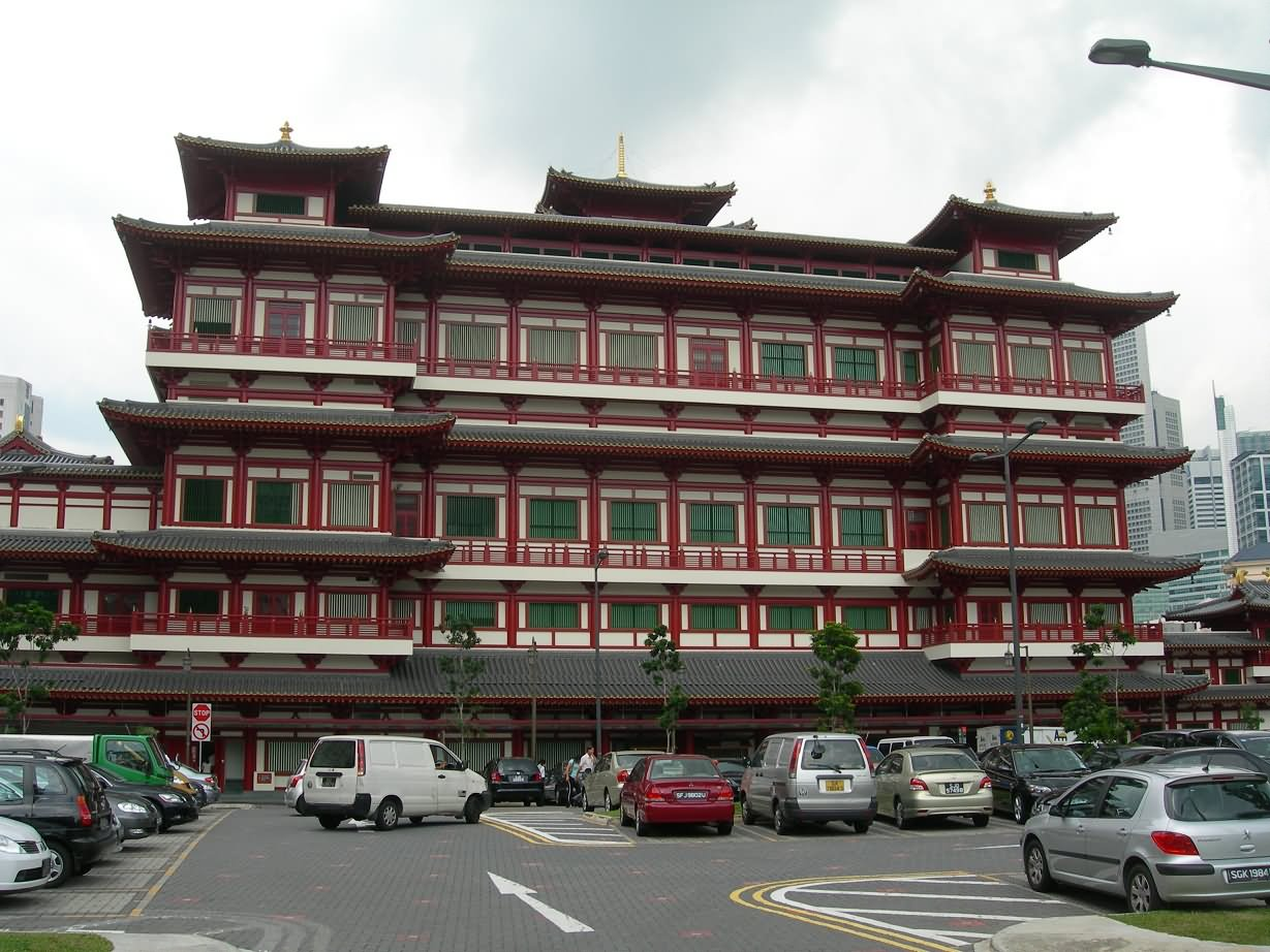 Buddha Tooth Relic Temple View From Car Parking