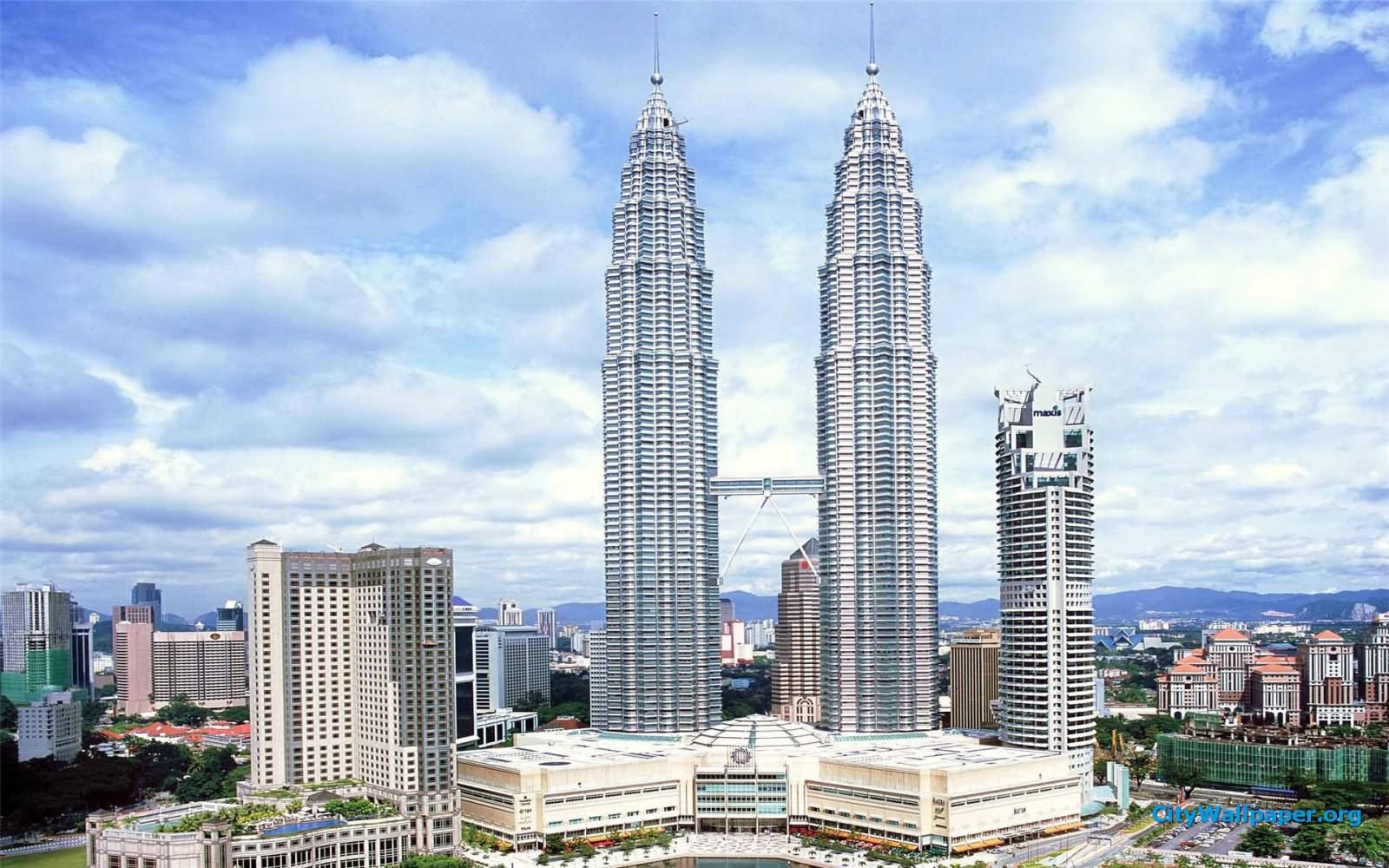 Day-Time-View-Of-Petronas-Towers.jpg