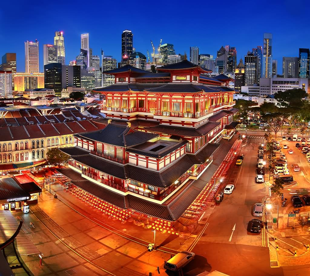 Incredible Night View Of Buddha Tooth Relic Temple