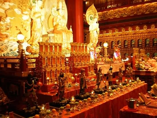 Inside Image Of Buddha Tooth Relic Temple And Museum