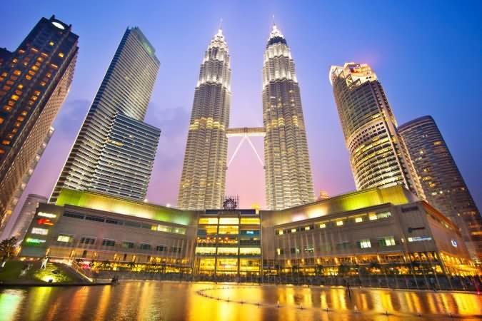 Lighting At Petronas Twin Towers