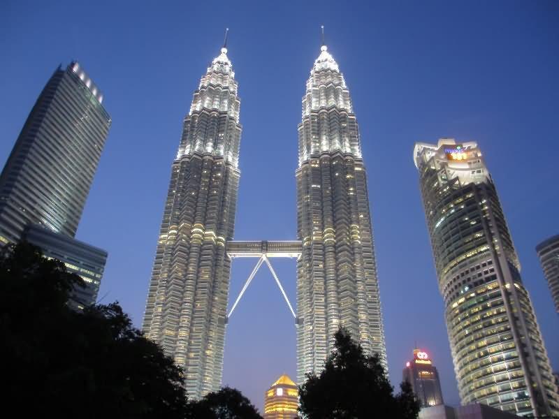 Night View Of Petronas Towers