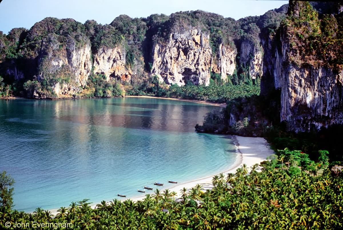 30 Very Amazing Railay Beach Images And Pictures