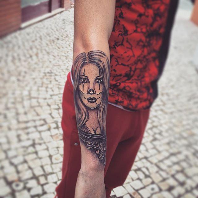 Amazing Gangster Girl Tattoo On Right Forearm