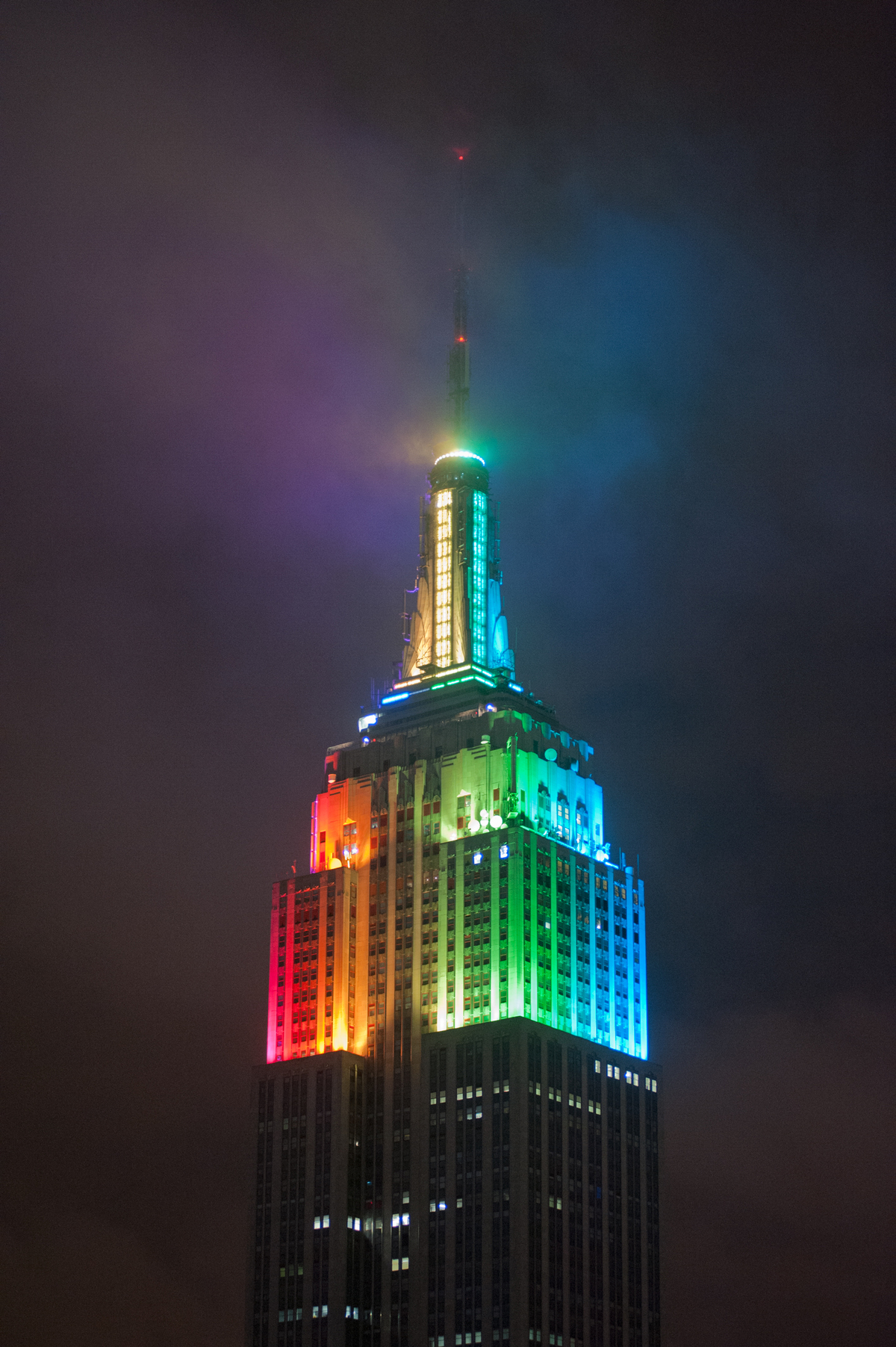 Night lights designs - Rainbow Color Light Design On Empire State Building At Night