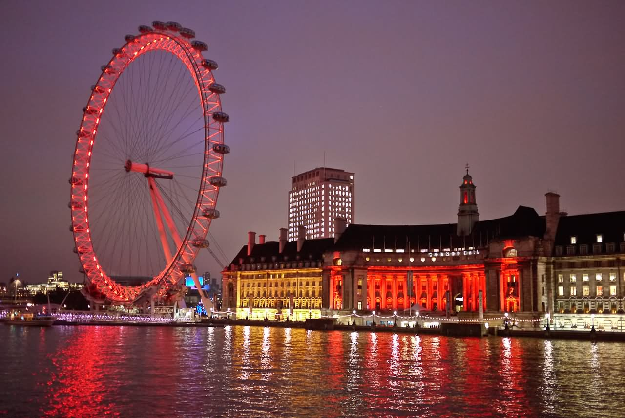 Merlin's London Ticket to 5 Attractions - London Eye - Madam Tussauds -  London Dungeon -