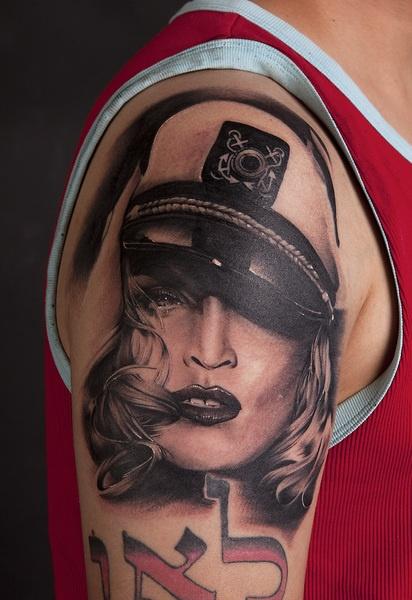 28+ Incredible People Tattoos